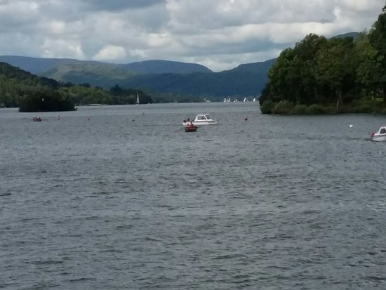 Bowness-on-Windermere, UK: 20160731_142029_large.jpg