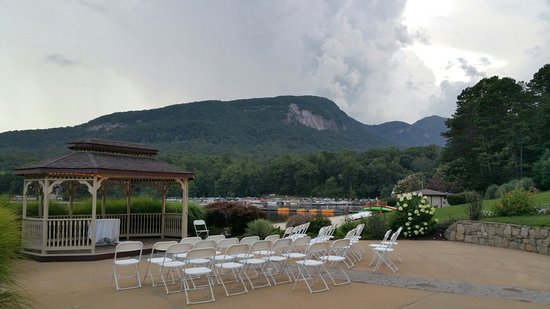 Rumbling Bald Resort on Lake Lure