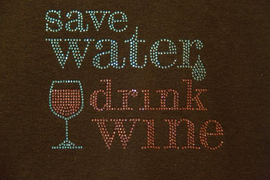 Ironstone Vineyards: T-shirt at the gift shop