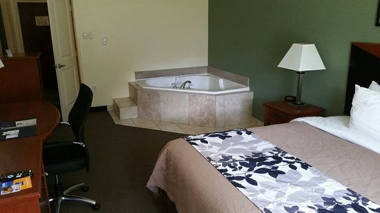 Sleep Inn & Suites University/Shands: 20160801_113624_large.jpg