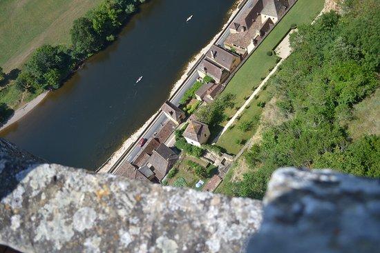 Chateau de Beynac: Surplomb sur la Dordogne