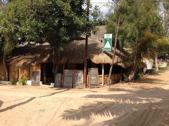 Top 10 restaurants in Tofo, Mozambique