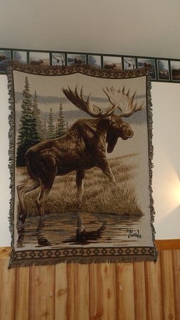 Fairfield, MT: Gorgeous wildlife wallhanging