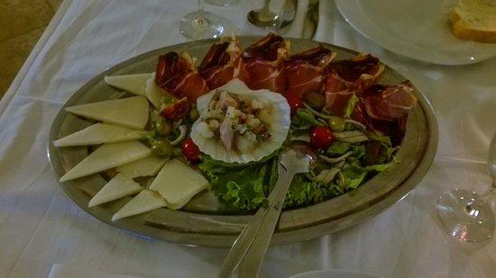 Diklo, Kroatien: Antipasto