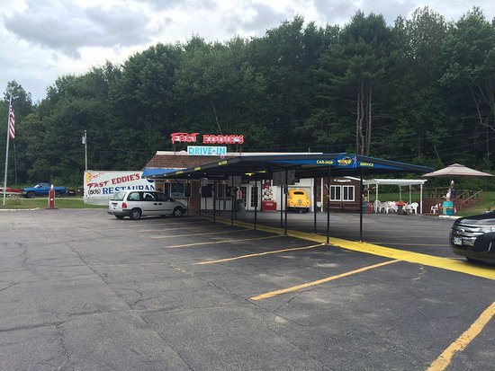 Winthrop, ME: Taken at Fast Eddie's Drive In August 1, 2016. They give you a feel for Fast Eddie's, a 50's typ