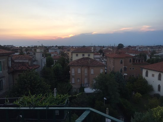 Villa Gabriella: Fantastic views from roof terrace
