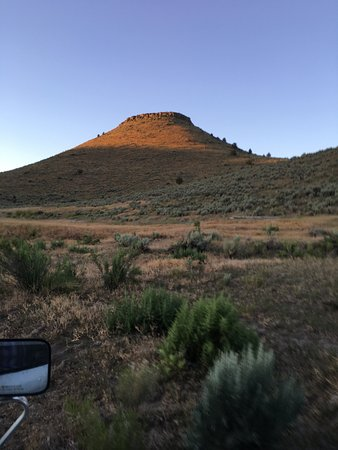 Steens Mountain Guest Ranch Photo