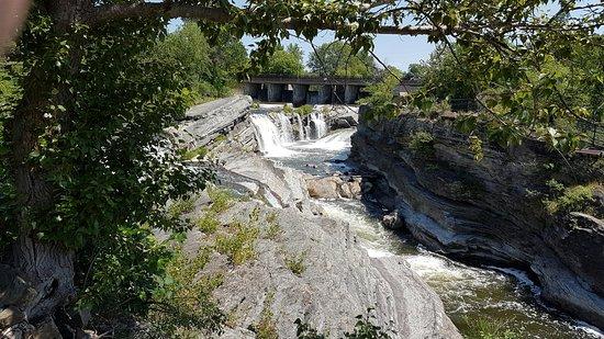 Ottawa, Canadá: Hog's Back Falls