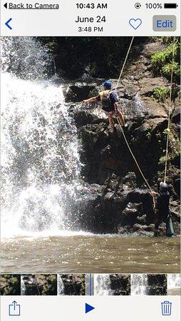 Haiku, Hawaje: Rappell Maui - my son coming down