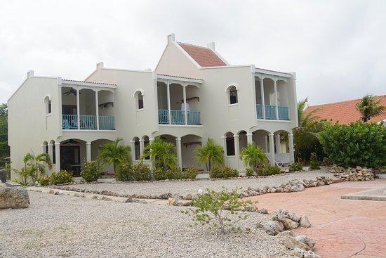 Captain Don's Habitat: The Villas