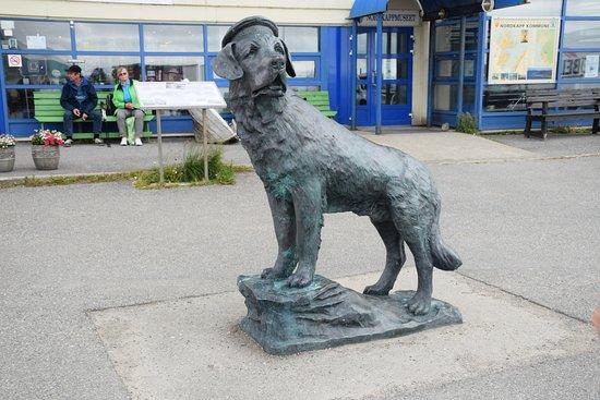 Bamse statue