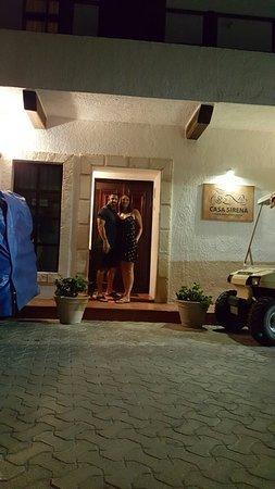 Casa Sirena Hotel: 20160722_201506_large.jpg