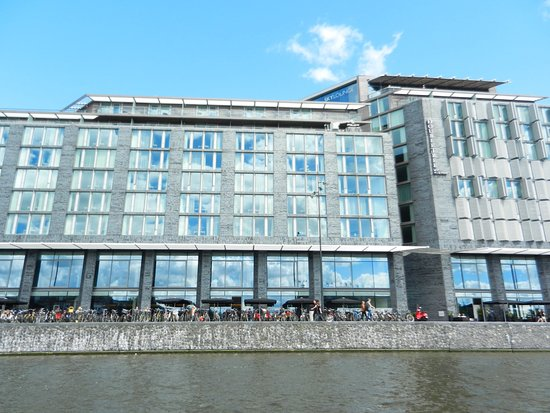 DoubleTree by Hilton Hotel Amsterdam Centraal Station: photo1.jpg