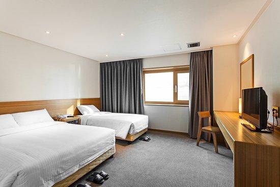 Busan Tourist Hotel: 슈페리어 패밀리 트윈
