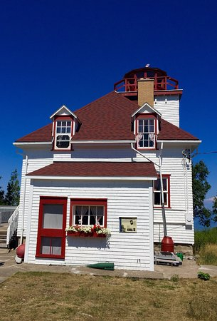 Miller Lake, Canadá: Cabot lighthouse and beautiful views of the water.