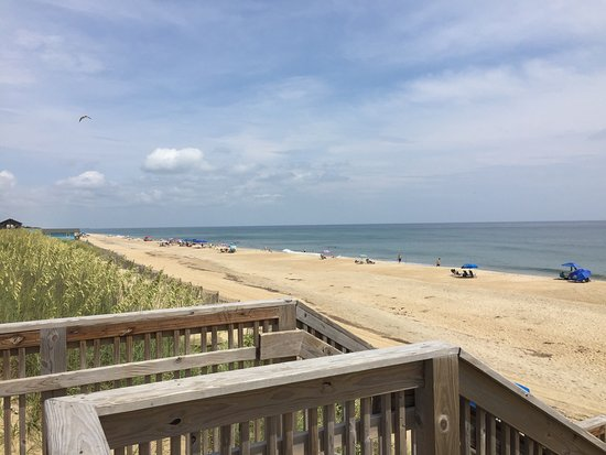 view of beach holiday inn express nags head oceanfront. Black Bedroom Furniture Sets. Home Design Ideas