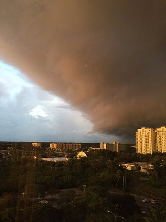 Hyatt Regency Sarasota: Dramatic views of a thunderstorm brewing from our room views