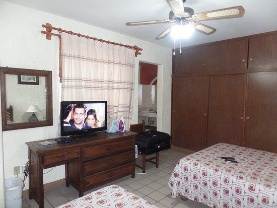 Cabina De Baño Santo Domingo:Xavier Rhodes Los Banos CA