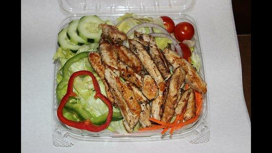 Methuen, MA: Grilled Chicken Salad