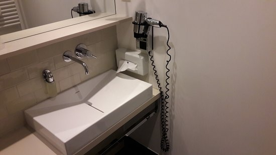 โรงแรม อมาโน: sehr stylisch