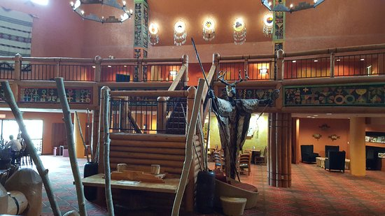 Nativo Lodge Albuquerque: Hotel Lobby Area