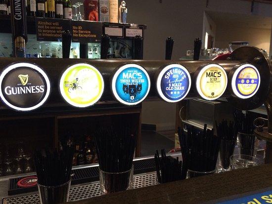 Rangiora, Nueva Zelanda: The Brook Bar & Eatery
