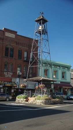 ‪‪Placerville‬, كاليفورنيا: Placerville Bell Tower‬