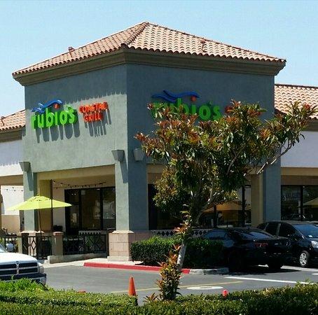 Photo of Restaurant Rubio's at 2841 W Macarthur Blvd, Santa Ana, CA 92704, United States
