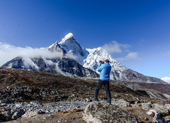 Everest, KS: Amadablam view from Chhukung