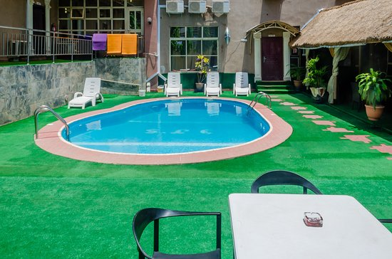 3J's Hotels : POOL