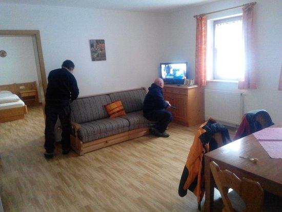 Schoenberg, Alemania: ... una sala, due camere, bagno e cucina ( e i posti letto da definire all'abbisogna ) più di co