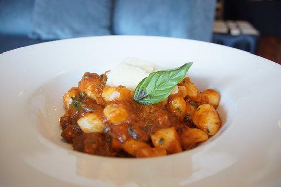 Di Palmas's Restaurant & Bar: House made gnocchi, lamb ragu