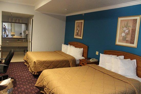 Crimson Hotel Photo