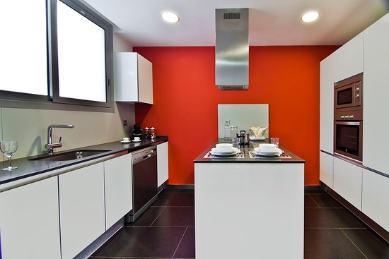 Sensation Sagrada Familia: Kitchen