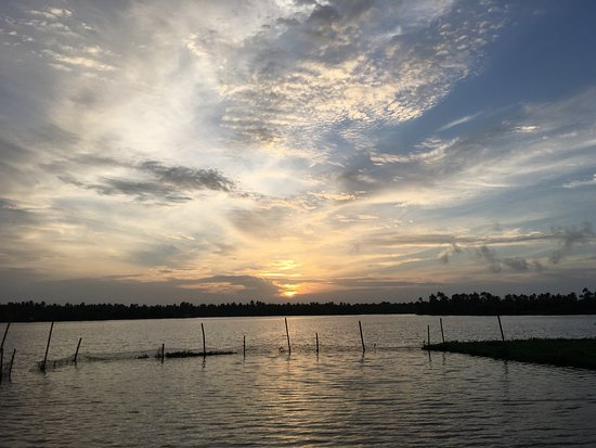 Vasundhara Sarovar Premiere: Sunset view from the Property