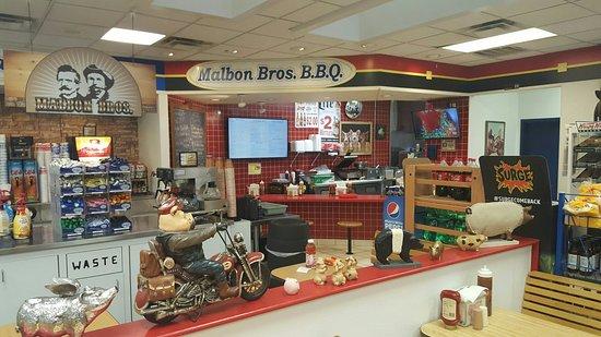 Malbon Brothers: Malbon Bros BBQ