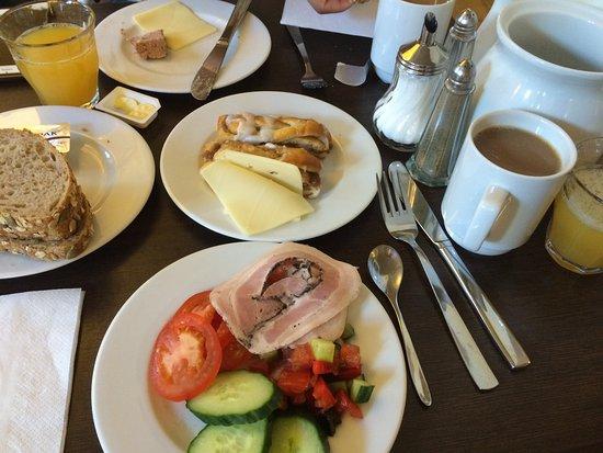 Hotel Sct. Thomas: The breakfast