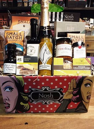 Nosh Gourmet Food & Gifts: Cool Hampers!