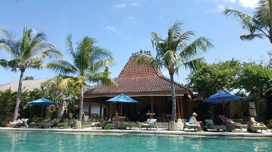 สุดามาลาสวีตแอนด์วิลลา: Sudamala Suites & Villas