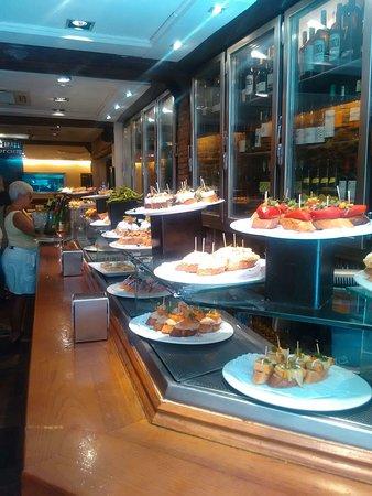 Irati Taverna Basca: TA_IMG_20160802_123105_large.jpg