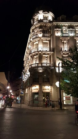 Suites Gran Via 44: 20160722_233452_large.jpg