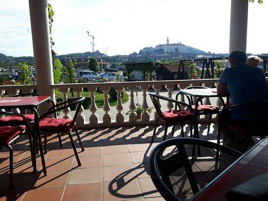 Hotel Zamecek Mikulov: 20160731_090742_large.jpg