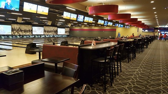 Circle Bowl & Entertainment