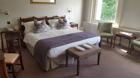 The Grand Hotel Eastbourne : Deluxe Room 119