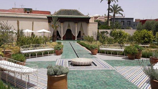 Riad Ajmal : Le jardin secret a 5 mn du Raid Ajmal
