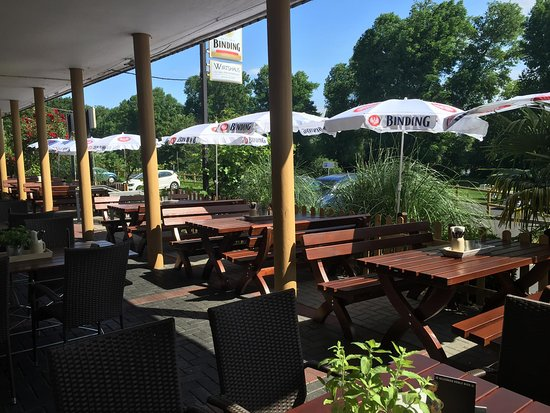 Maintal, Germany: Terrasse