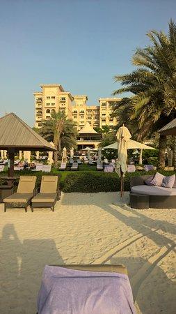 The Westin Dubai Mina Seyahi Beach Resort & Marina: View onto the hotel from the beach.
