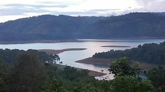 Ri Kynjai: Umium lake