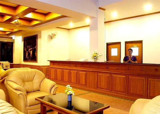 อินน์ ป่าตอง บีช โฮเทล: Hotel-Inn-Patong-Phuket