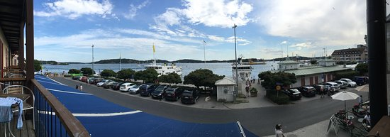 Waxholms Hotell: Water-side panoramic view from room balcony.